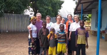 Irmãzinhas vivem o carisma de Santa Paulina na África Central